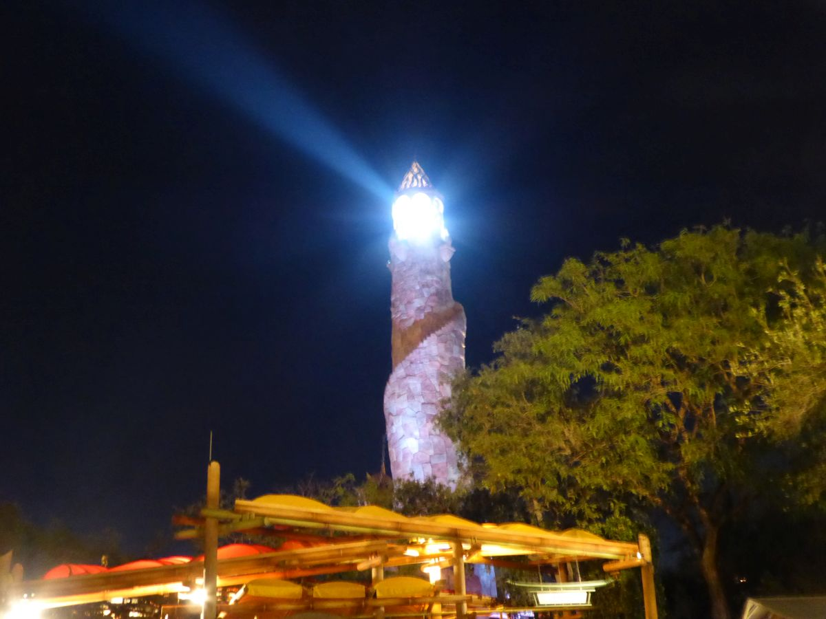 Leuchtturm vor Islands of Adventure