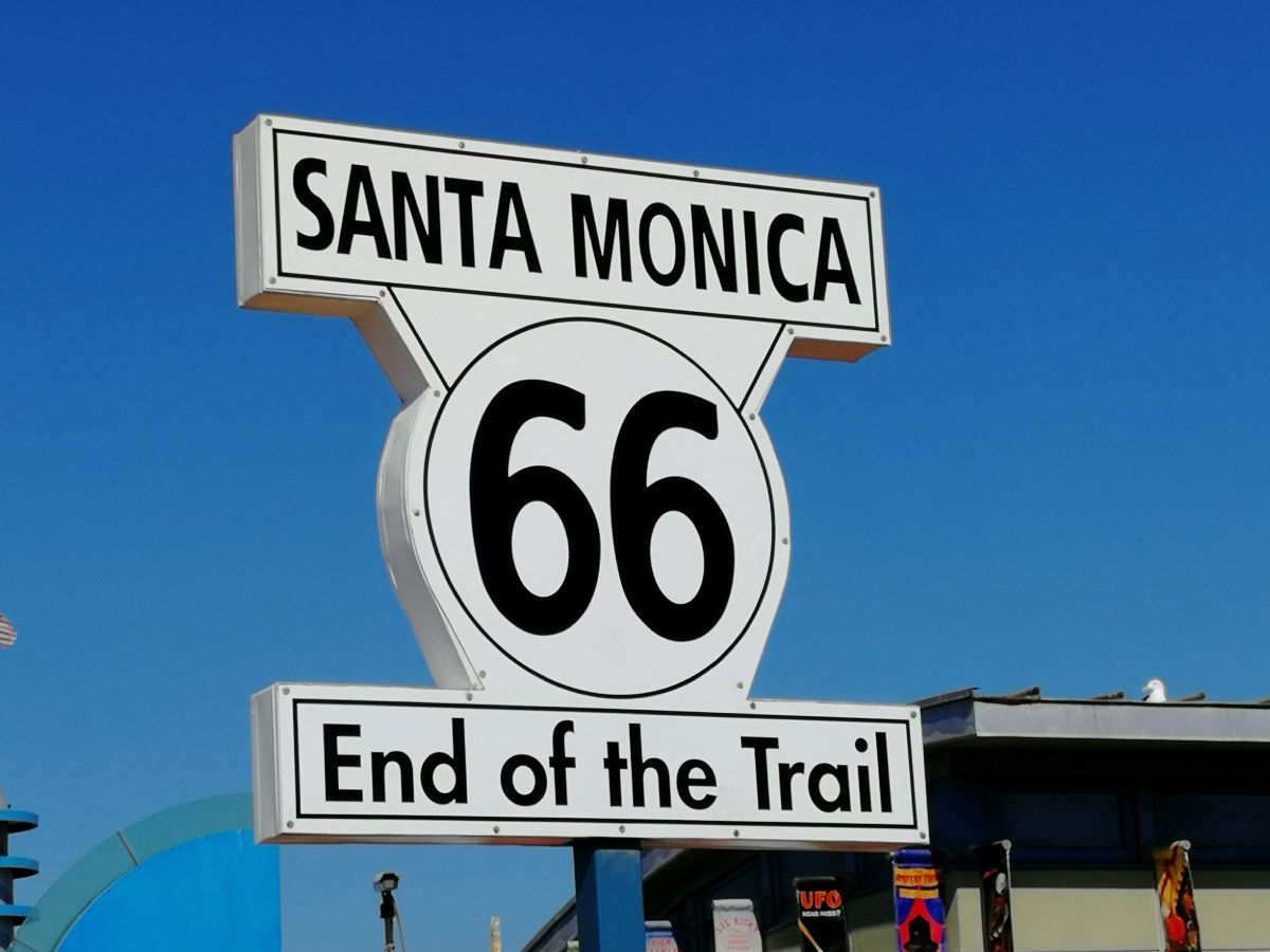 Schild End of Route 66