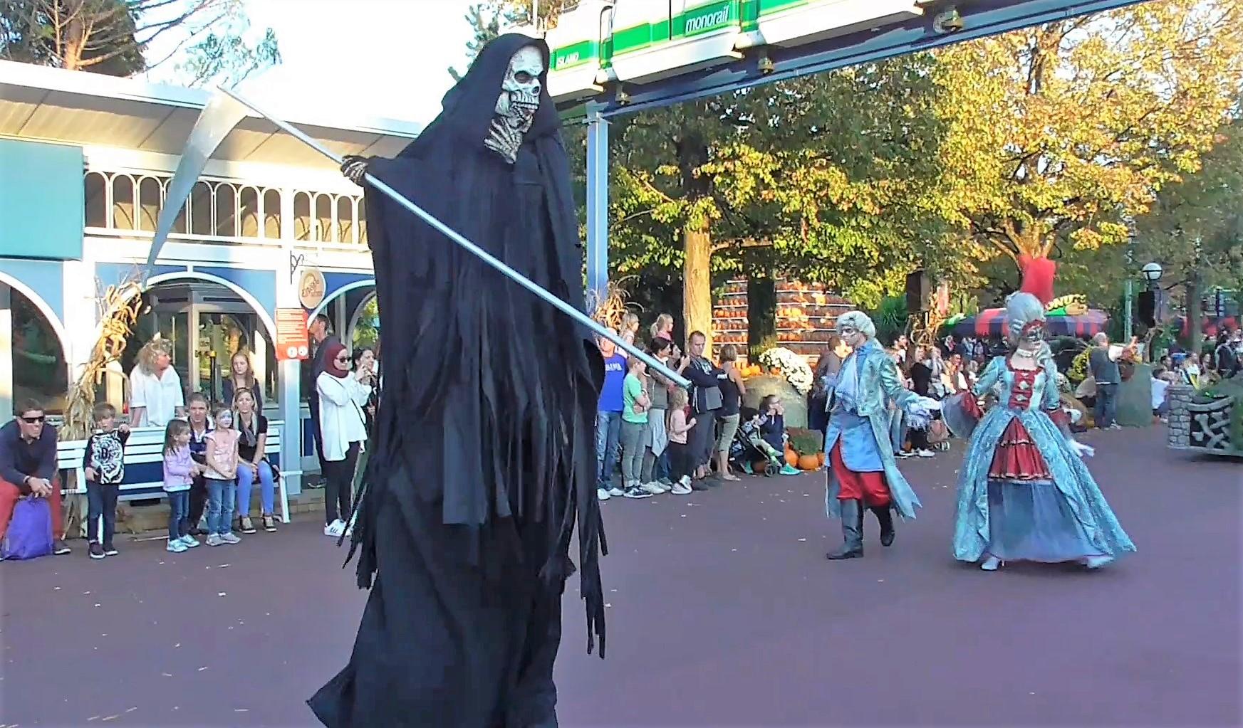 Halloween Parade Im Europa Park