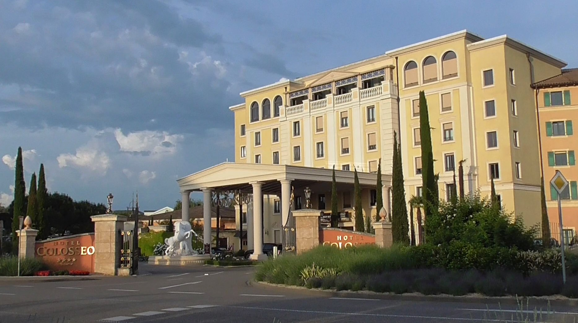 Europa Park Hotel Colosseo In Rust 4 Sterne Superior Hotel