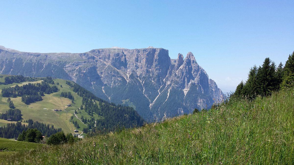 Photo of Der Schlern und die Seiser Alm – Unesco Welterbe und Urlaubsort zugleich