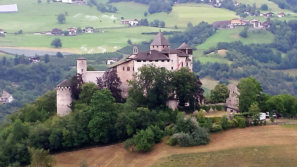 Photo of Schloss Prösels bei Völs am Schlern – Burg von Leonard von Völs