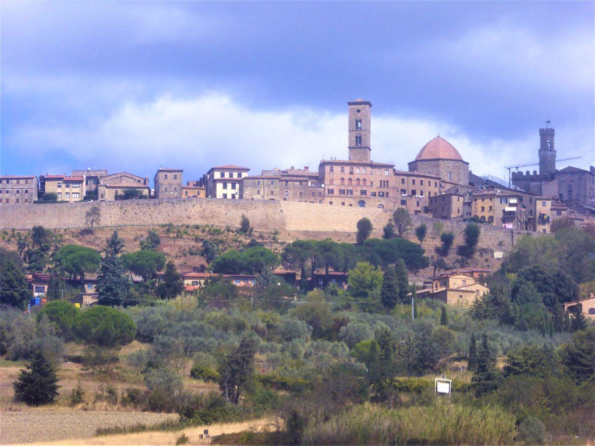 Photo of Volterra – traumhaft romantische Etrusker Stadt in der Toskana